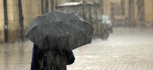 Regenbekleidung ist ein praktischer Begleiter für die kommende Saison. Gerade im Frühjahr sind plötzliche Regenschauer keine Seltenheit. In Verbindung mit der Sonne kommt es an wechselhaften Tagen zum Wetterumschwung. Jetzt […]